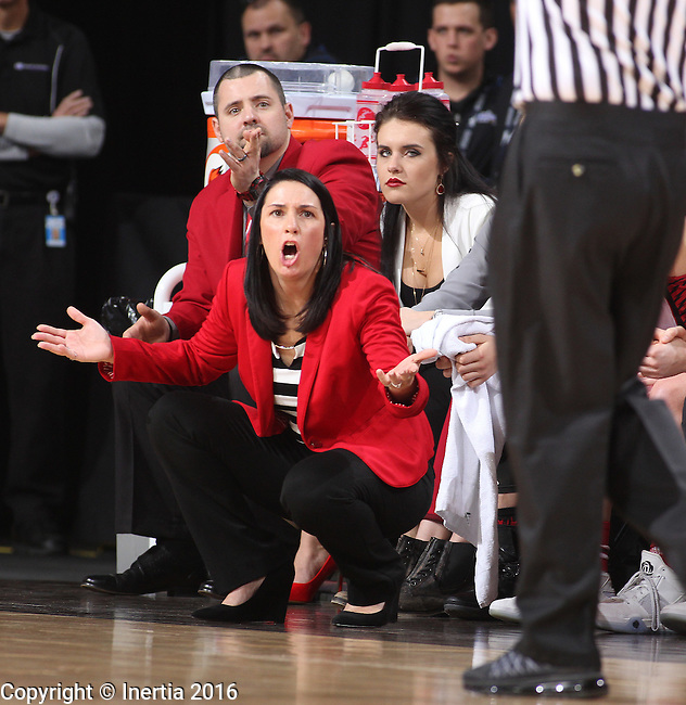 SIOUX FALLS, SD - MARCH 5:  Amy Williams, coach of South Dakota, questions a call by the officials.  (Photo by Dick Carlson/Inertia)