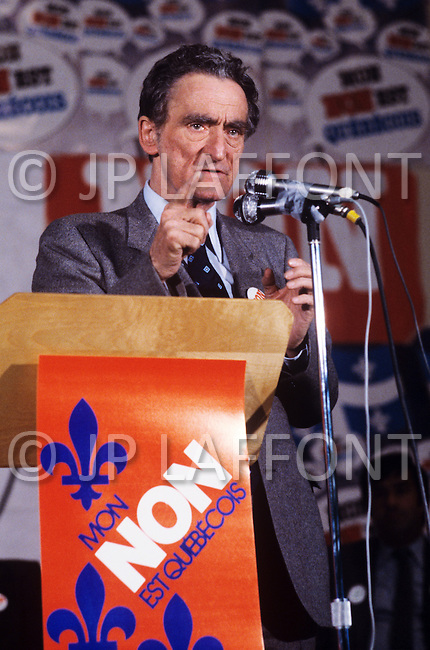 """Thurso, Canada, May 19 1980. Claude Ryan,  (January 26, 1925 - February 9, 2004) leader of the Parti Libéral du Québec from 1978 to 1982, campaigning for the """"NO"""" party during the referendum for the independence of Quebec."""