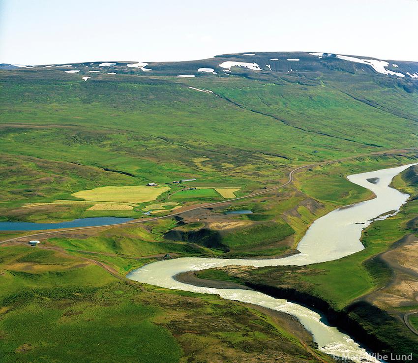 Breiðavað séð til suðausturs, Blanda,  Blönduósbær áður Engihlíðarhreppur / Breidavad viewing southeast, river Blanda, Blonduosbaer former Engihlidarbaer.