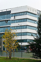 Immeuble de Blot immobilier et laveurs de carreaux