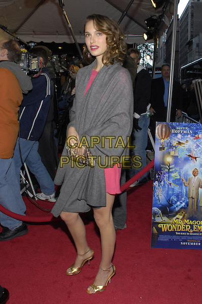 "NATALIE PORTMAN.The World premiere of Fox Walden's ""Mr. Magorium's Wonder Emporium"" held at  DGA Theater, New York, New York, USA..November 11th, 2007.full length gold shoes grey gray wrap shawl pashmina pink clutch bag purse.CAP/ADM/BL.©Bill Lyons/AdMedia/Capital Pictures. *** Local Caption ***"