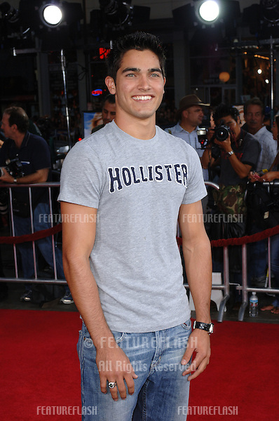 Actor TYLER HOECHLIN at the Los Angeles premiere of Just Like Heaven at the Grauman's Chinese Theatre, Hollywood..September 8, 2005  Los Angeles, CA.© 2005 Paul Smith / Featureflash
