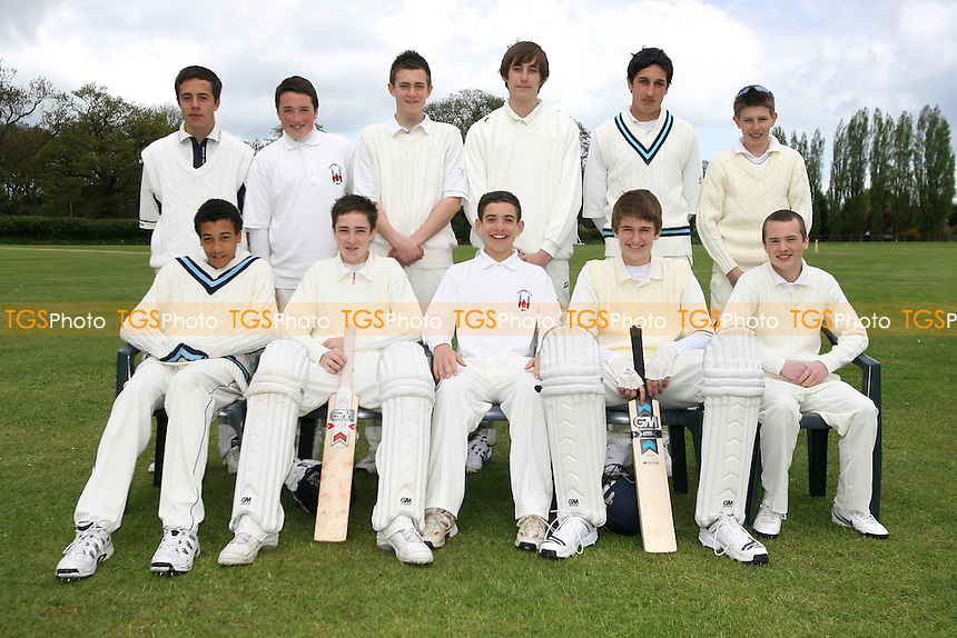 Havering-atte-Bower CC Under-16s pose for a team photo - 03/05/10 - MANDATORY CREDIT: Gavin Ellis/TGSPHOTO - Self billing applies where appropriate - Tel: 0845 094 6026