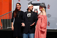 LOS ANGELES - OCT 14:  Jennifer Schwalbach Smith, Kevin Smith, Harley Quinn Smith at the Kevin Smith And Jason Mewes Hand And Footprint Ceremony at the TCL Chinese Theater on October 14, 2019 in Los Angeles, CA
