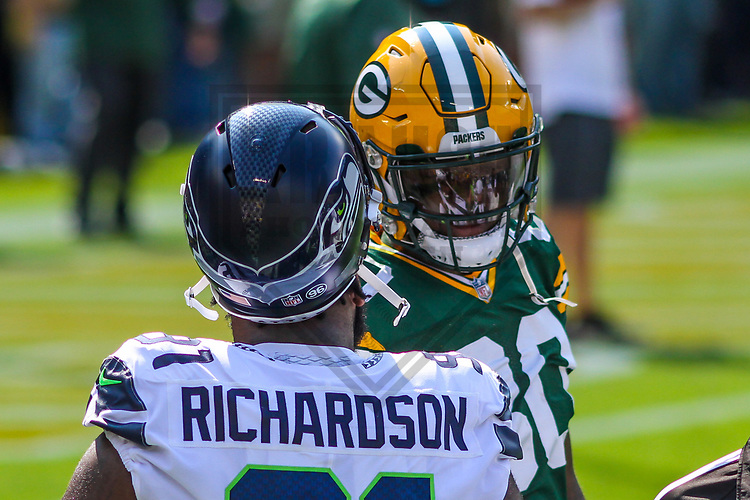 Seattle Seahawks defensive tackle Sheldon Richardson (91) and Green Bay Packers tight end Martellus Bennett (80) during a National Football League game on September 10, 2017 at Lambeau Field in Green Bay, Wisconsin. Green Bay defeated Seattle 17-9. (Brad Krause/Krause Sports Photography)