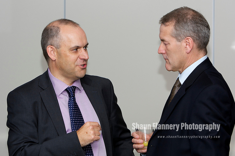Pix: Shaun Flannery/shaunflanneryphotography.com...COPYRIGHT PICTURE>>SHAUN FLANNERY>01302-570814>>07778315553>>..23rd September 2010................Partnership celebration between Beta Technology and Force 10 Recruitment..