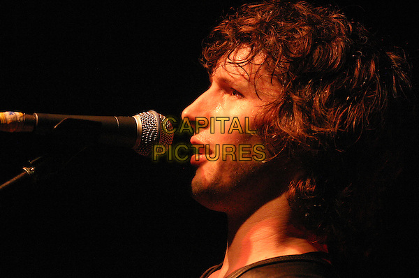 JAMES BLUNT.Live at The Rescue Rooms, Nottingham..April 30th, 2005.live stage gig concert music headshot portrait singing profile.www.capitalpictures.com.sales@capitalpictures.com.©Capital Pictures