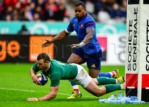 13.02.2016. Stade de France, Paris, France. 6 Nations Rugby international. France versus Ireland.  Jared Payne ( Ireland ) goes over on front of Virimi Vakatawa ( France )