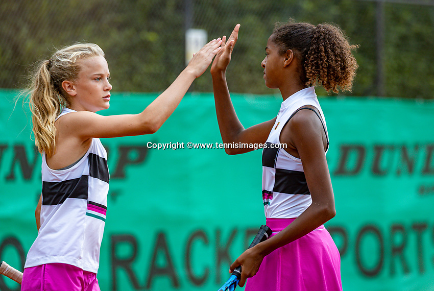 Hilversum, Netherlands, Juli 31, 2019, Tulip Tennis center, National Junior Tennis Championships 12 and 14 years, NJK, Girls Doubles: Jayden Lonwijk (R) and Evi Roobol (NED)<br /> Photo: Tennisimages/Henk Koster