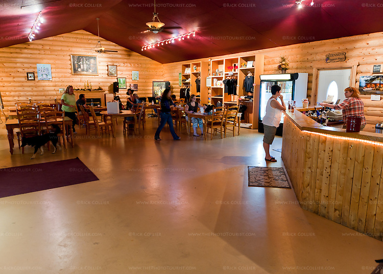 The tasting room at Hidden Brook Winery.