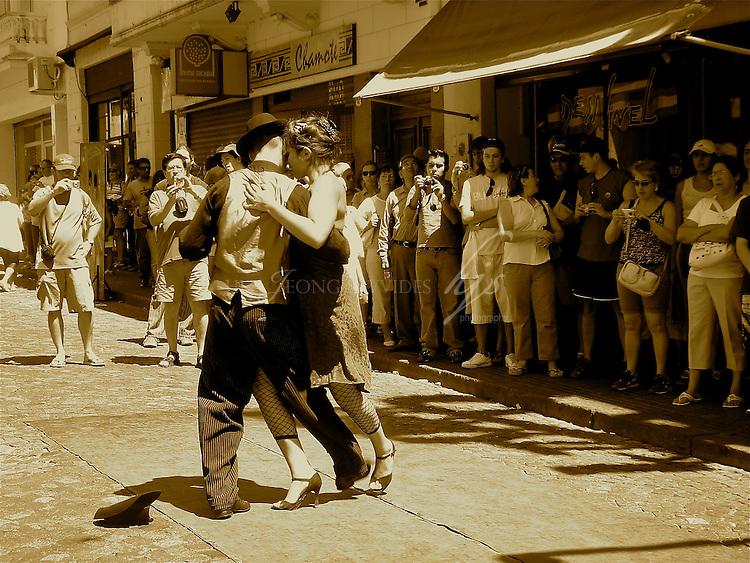 Tango Dancers, San Telmo, Buenos Aires, Argentina | Feb 08