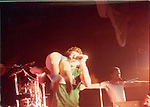 Fee Waybill & Vince Welnick of the Tubes live in NY in 1982.