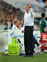 FUSSBALL   EUROPA LEAGUE   SAISON 2011/2012   Play-offs FC Schalke 04 - HJK Helsinki                                25.08.2011 Trainer Ralf RANGNICK (Schalke) engagiert an der Seitenlinie