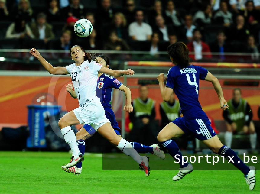 Fifa Women's World Cup Germany 2011 : Japan - USA  at Commerzbank Arena Frankfurt : Alex Morgan met de balaanname.foto DAVID CATRY / Vrouwenteam.be
