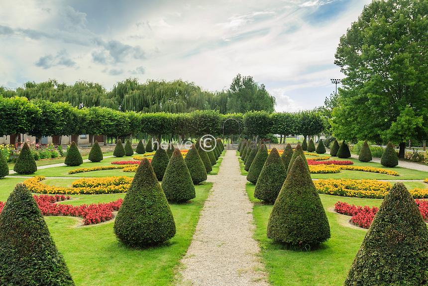 France, Indre, Jardins de l'Hopital de Buzançais.