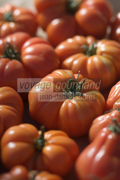 Europe/Provence-Alpes-Côte d'Azur/83/Var/Saint-Tropez: Détail tomates coeur de boeuf sur le marché de la Place des Lices