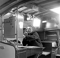 Alain Maupas à bord de Pénélope II, pour une des premières victoires française au championnat du RORC.