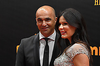 20190116 – PUURS ,  BELGIUM : Roberto Martinez (L) pictured during the  65nd men edition of the Golden Shoe award ceremony and 3nd Women's edition, Wednesday 16 January 2019, in Puurs at the Studio 100 Pop Up studio. The Golden Shoe (Gouden Schoen / Soulier d'Or) is an award for the best soccer player of the Belgian Jupiler Pro League championship during the year 2018. The female edition is the 3th one in Belgium.  PHOTO DIRK VUYLSTEKE | Sportpix.be