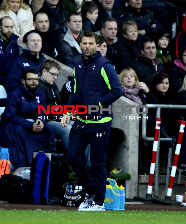 Tottenham Hotspur Manager, Tim Sherwood -   19/01/2014 - SPORT - FOOTBALL - Liberty Stadium - Swansea - Swansea City v Tottenham Hotspur - Barclays Premier League<br /> Foto nph / Meredith<br /> <br /> ***** OUT OF UK *****