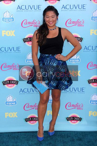 Jenna Ushkowitz<br /> at the 2013 Teen Choice Awards Arrivals, Gibson Amphitheatre, Universal City, CA 08-11-13<br /> David Edwards/Dailyceleb.com 818-249-4998