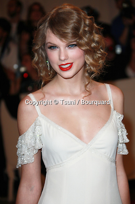 09_ Taylor Swift _09   -<br /> 2010 Metropolitan Museum of Art Costume Institute Benefit &quot;American Woman: Fashioning a National Identity at the Metropolitan Museum of Art Costume Institute in New York.
