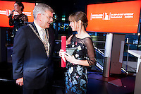 Nederland, Utrecht, 24 oktober 2014. Het 34ste Nederlands Film Festival 2014. Bekendmaking Filmprijs van de Stad Utrecht, winnaar regisseur Nelleke Koop met Waterlijken (rechts) en burgemeester Utrecht Jan van Zanen. Foto: 31pictures.nl / The Netherlands, Utrecht, 24 September 2014. The 34rd Netherlands Film Festival 2014. Announcement Filmprijs van de Stad Utrecht, winner director Nelleke Koop with Waterlijken (right) and Mayor Utrecht Jan van Zanen. Photo: 31pictures.nl / (c) 2014, www.31pictures.nl