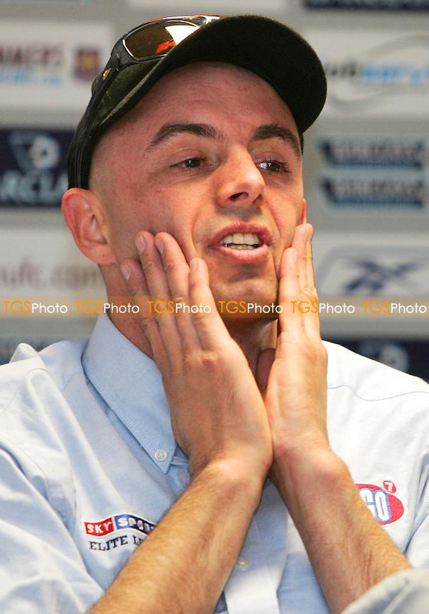 Steve Johnston - Arena Essex Hammers Press Conference - 13/03/06 - (Gavin Ellis 2006)