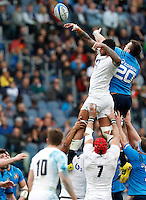 Rugby, Torneo delle Sei Nazioni: Italia vs Inghilterra. Roma, 14 febbraio 2016.<br /> England&rsquo;s Courtney Lawes, top left, and Italy&rsquo;s Abraham Steyn, top right, fight for the ball during the Six Nations rugby union international match between Italy and England at Rome's Olympic stadium, 14 February 2016.<br /> UPDATE IMAGES PRESS/Riccardo De Luca