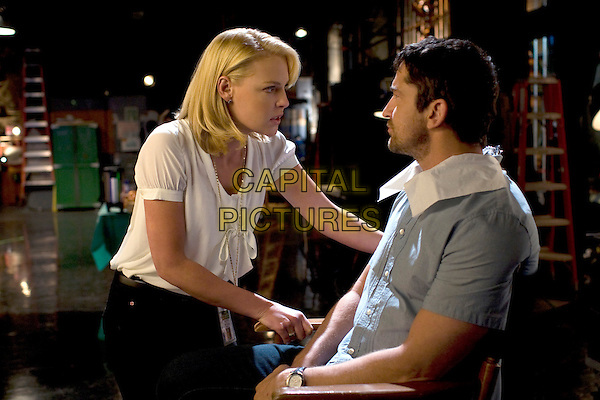KATHERINE HEIGL & GERARD BUTLER .in The Ugly Truth .*Filmstill - Editorial Use Only*.CAP/FB.Supplied by Capital Pictures.