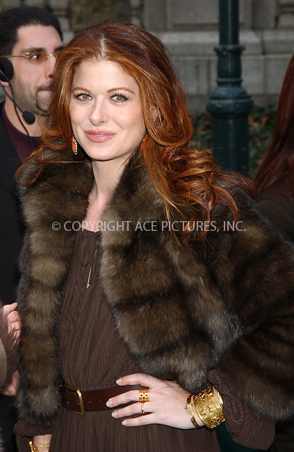 WWW.ACEPIXS.COM . . . . . ....NEW YORK, FEBRUARY 8, 2006....Debra Messing at the Olympus Fall Fashion Week 2006 - Day 6....Please byline: KRISTIN CALLAHAN - ACEPIXS.COM.. . . . . . ..Ace Pictures, Inc:  ..Philip Vaughan (212) 243-8787 or (646) 679 0430..e-mail: info@acepixs.com..web: http://www.acepixs.com