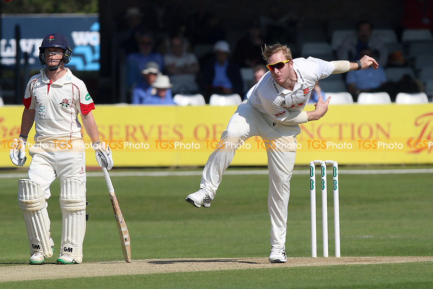 Simon Harmer in bowling action for Essex during Essex CCC vs Lancashire CCC, Specsavers County Championship Division 1 Cricket at The Cloudfm County Ground on 9th April 2017