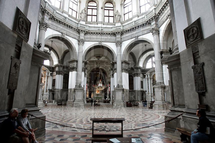 Veduta interna della Basilica di Santa Maria della Salute, a Venezia.<br /> Interior view of the Basilica Santa Maria della Salute (St. Mary of Health) in Venice.<br /> UPDATE IMAGES PRESS/Riccardo De Luca