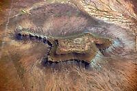 Karoo: AFRIKA, SUEDAFRIKA, ORANGE FREE STATE, GARIEPDAM, 09.01.2014: Landschaft in der Halbwueste Karoo, zentralen Hochebene des Landes Suedafrika, Highveld, Klein Karoo, Gross Karoo und Ober Karoo. Klima arid, trocken, im Luv der Berge, kaum Niederschlaege. Bewohner sind die San die dem Land den Namen Kuru geben, trocken ist die Bedeutung