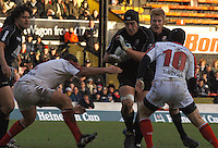 2005/06, Heineken Cup, 4th Rd, Sarries ben Skirving, attacks with tha ball, supported [right] by Hugh Vyvyan, Saracens vs Ulster, Vicarage Road, ENGLAND   © Peter Spurrier/Intersport Images - email images@intersport-images..