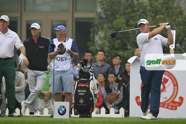 George Coetzee (RSA) tees off the 10th tee during Saturay's Round 3 of the 2014 BMW Masters held at Lake Malaren, Shanghai, China. 1st November 2014.<br /> Picture: Eoin Clarke www.golffile.ie