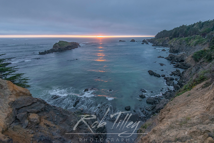 USA, CA, Mendocino, Sunset at Jack Peters Gulch