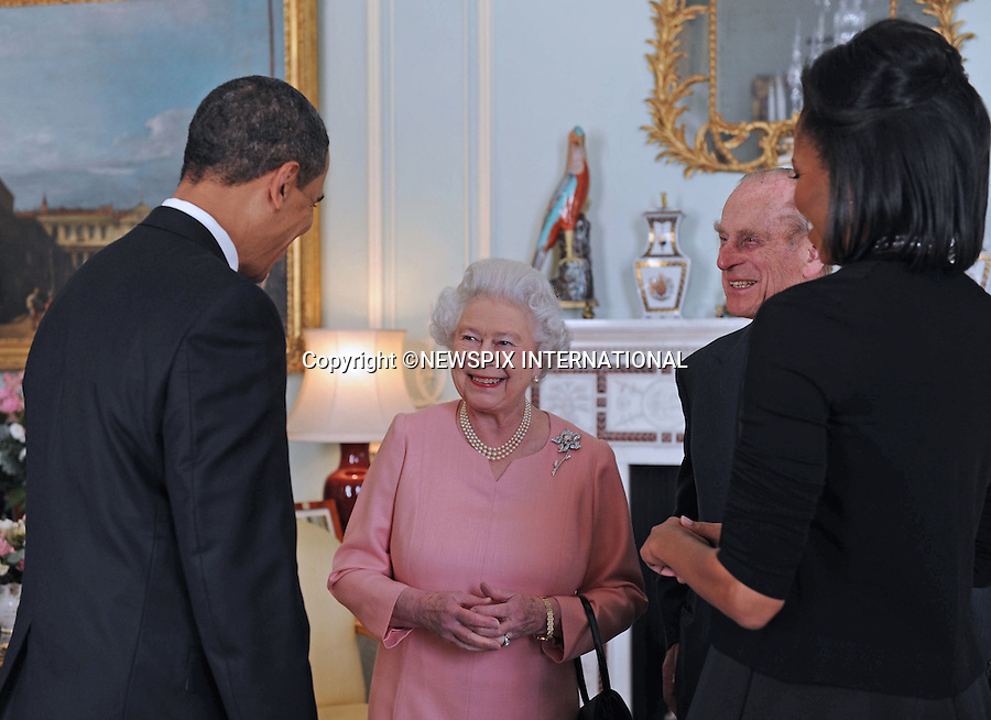 "THE QUEEN WITH PRESIDENT BARACK OBAMA AND WIFE MICHELLE.The Queen met the President of the United States of America prior to the G20 Summit world leaders reception at Buckingham Palace, London_01/04/2009..Photo Distributed by : Newspix International..**ALL FEES PAYABLE TO: ""NEWSPIX INTERNATIONAL""**..PHOTO CREDIT MANDATORY!!: NEWSPIX INTERNATIONAL(Failure to credit will incur a surcharge of 100% of reproduction fees)..IMMEDIATE CONFIRMATION OF USAGE REQUIRED:.Newspix International, 31 Chinnery Hill, Bishop's Stortford, ENGLAND CM23 3PS.Tel:+441279 324672  ; Fax: +441279656877.Mobile:  0777568 1153.e-mail: info@newspixinternational.co.uk"