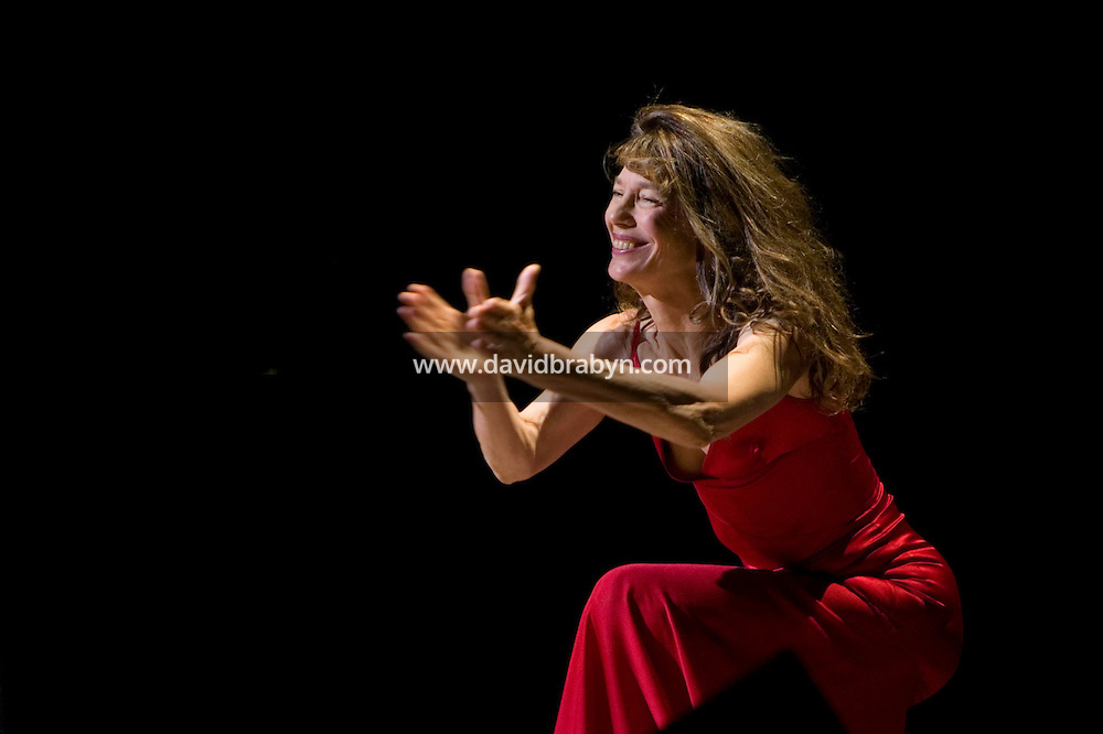 20 November 2004 - New York City, NY - English singer Jane Birkin performs in New York City, USA, 20 November 2004. Photo Credit: David Brabyn.