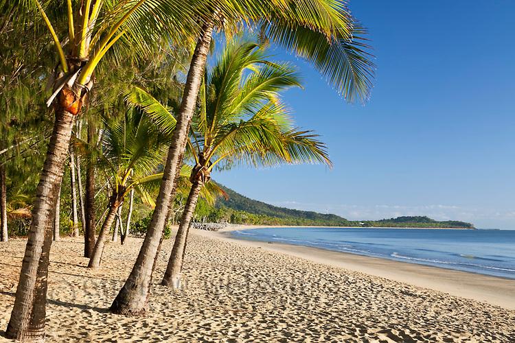 View along Kewarra Beach, Cairns, Queensland, Australia