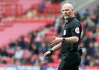 Referee Kevin Johnson in action<br /> <br /> Photographer David Shipman/CameraSport<br /> <br /> The EFL Sky Bet League One - Charlton Athletic v Blackpool - Saturday 16th February 2019 - The Valley - London<br /> <br /> World Copyright © 2019 CameraSport. All rights reserved. 43 Linden Ave. Countesthorpe. Leicester. England. LE8 5PG - Tel: +44 (0) 116 277 4147 - admin@camerasport.com - www.camerasport.com