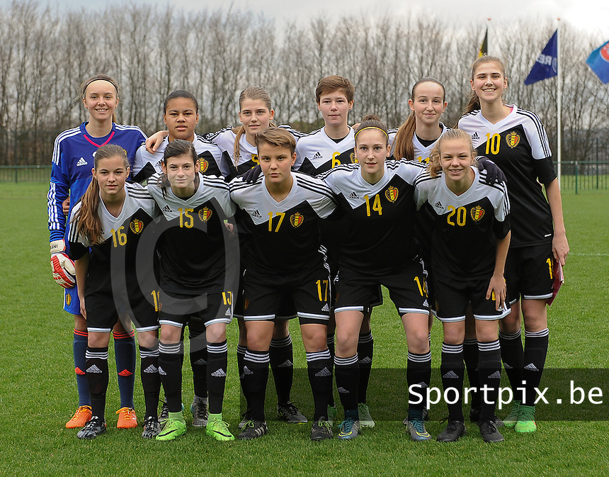20160211 - TUBIZE , BELGIUM : team of Belgium pictured during the friendly female soccer match between Women under 17 teams of  Belgium and Switzerland , in Tubize , Belgium . Thursday 11th February 2016 . PHOTO SPORTPIX.BE DIRK VUYLSTEKE
