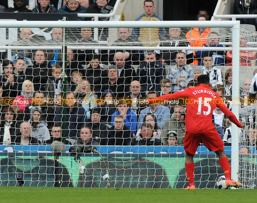 Daniel Sturridge scores Liverpool's fourth - Newcastle United vs Liverpool - Barclays Premier League Football at St James Park, Newcastle upon Tyne - 27/04/13 - MANDATORY CREDIT: Steven White/TGSPHOTO - Self billing applies where appropriate - 0845 094 6026 - contact@tgsphoto.co.uk - NO UNPAID USE