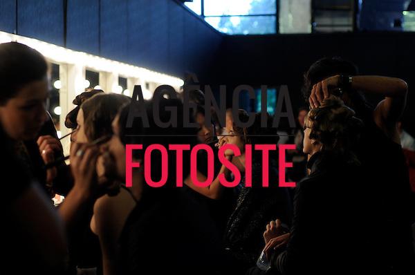 São Paulo, Brasil – 23/01/2009 - Backstage de Jefferson Kulig durante o São Paulo Fashion Week  -  Inverno 2009. Foto : Chris von Ameln / Ag. Fotosite