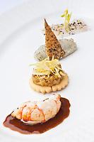 Europe/France/Bretagne/29/Finistère/Brest:   Danse à trois temps des Demoiselles de Loctudy, tatin d'endives et myriade de truffe noire, recette de Yvon Morvan restaurant: L'Armen