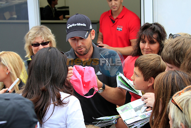 Sergio Garcia (ESP) signs autographs after finishing his round on -12 shooting 64 during Day 3 of the BMW International Open at Golf Club Munchen Eichenried, Germany, 25th June 2011 (Photo Eoin Clarke/www.golffile.ie)
