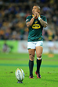9th September 2017, nib Stadium, Perth, Australia; Supersport Rugby Championship, Australia versus South Africa; Elton Jantjies of the South African Springboks lines up his shot for goal during the second half