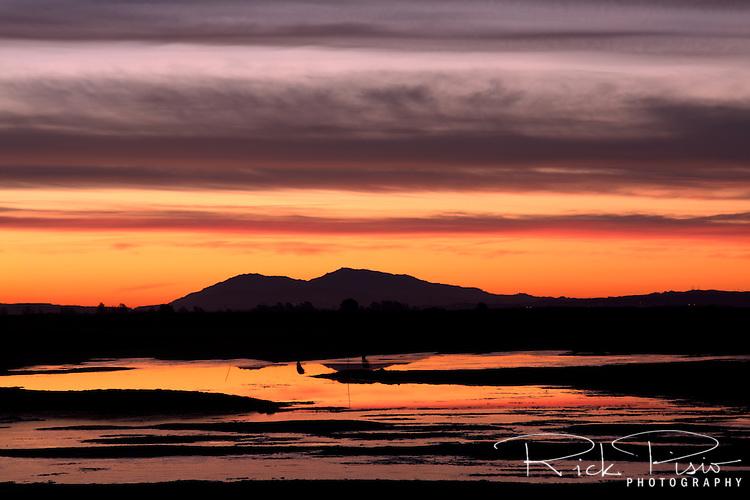 Dawn over Mt. Diablo from the Sonoma Wildlands Preserve near San Francisco Bay.
