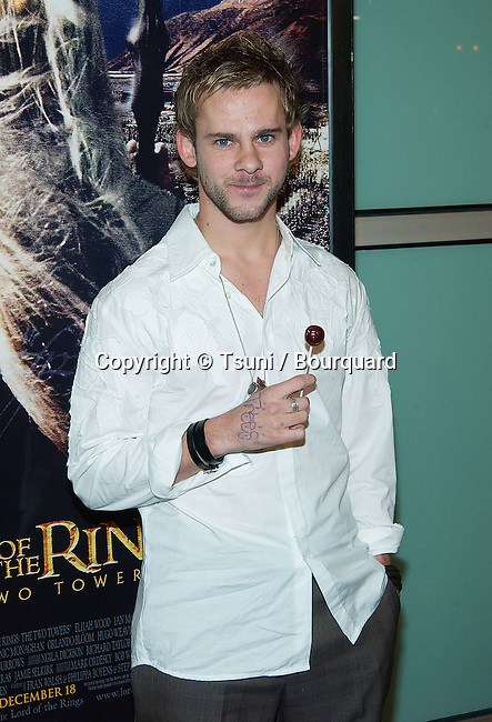 "Dominic Monaghan arriving at the premiere of ""The Lord Of The Rings: The Two Towers"" at the Cineramadome Theatre in Los Angeles. December 15, 2002.           -            MonaghanDominic04.jpg"