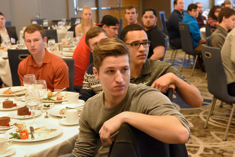 Conference attendees at a luncheon.