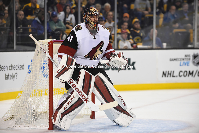 Tuesday, October 27, 2015: Arizona Coyotes goalie Mike Smith (41) guards the net during the National Hockey League game between the Arizona Coyotes and the Boston Bruins held at TD Garden, in Boston, Massachusetts. The Coyotes lose to the Bruins 6-0 in regulation time. Eric Canha/CSM